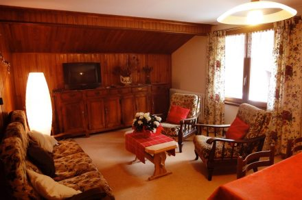 Apartment in chalet - 79m²- 3 bedrooms - Favre-Rochex Suzanne