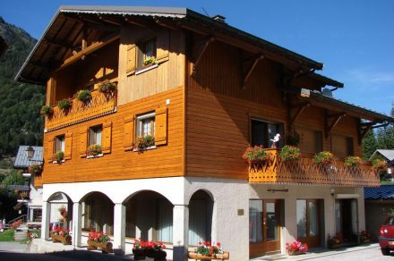 Appartment in chalet - 39m² - 2 bedrooms - Favre-Rochex Jean-Louis